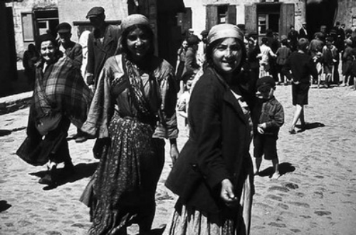 HMDT Blog: Gypsy Roma Traveller History Month: an introduction