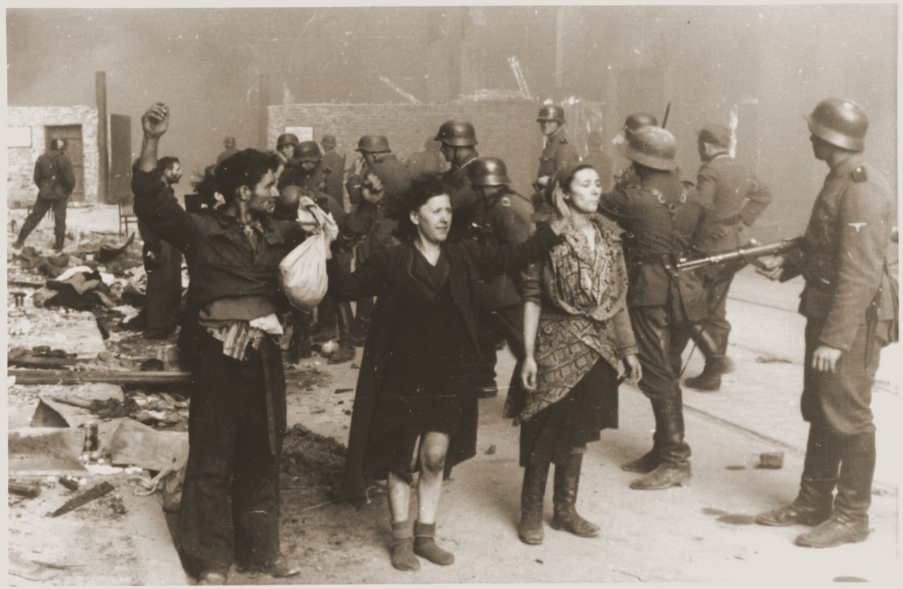 Warsaw Ghetto fighters surrendering
