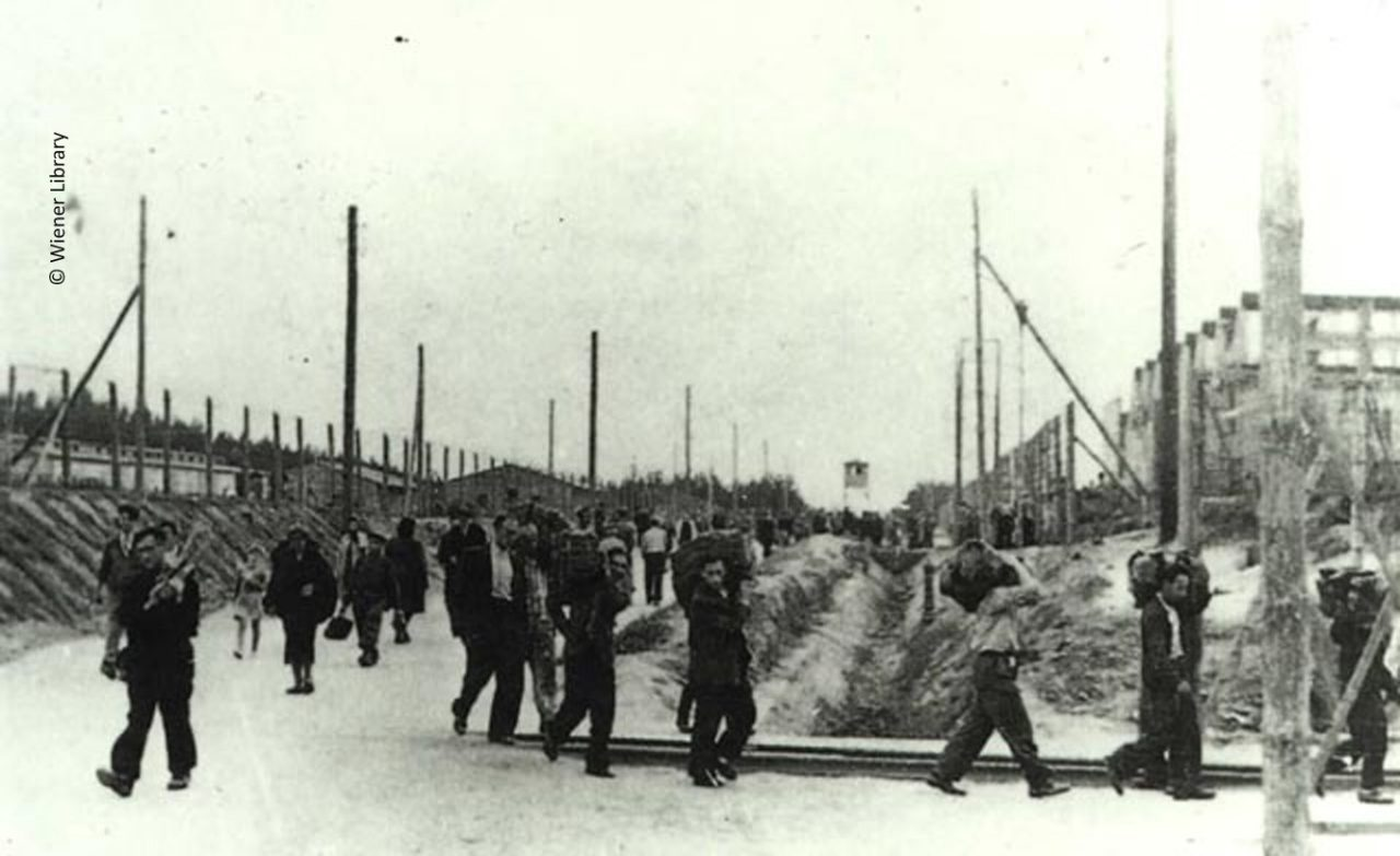 Inmates at Poniatowa camp at work