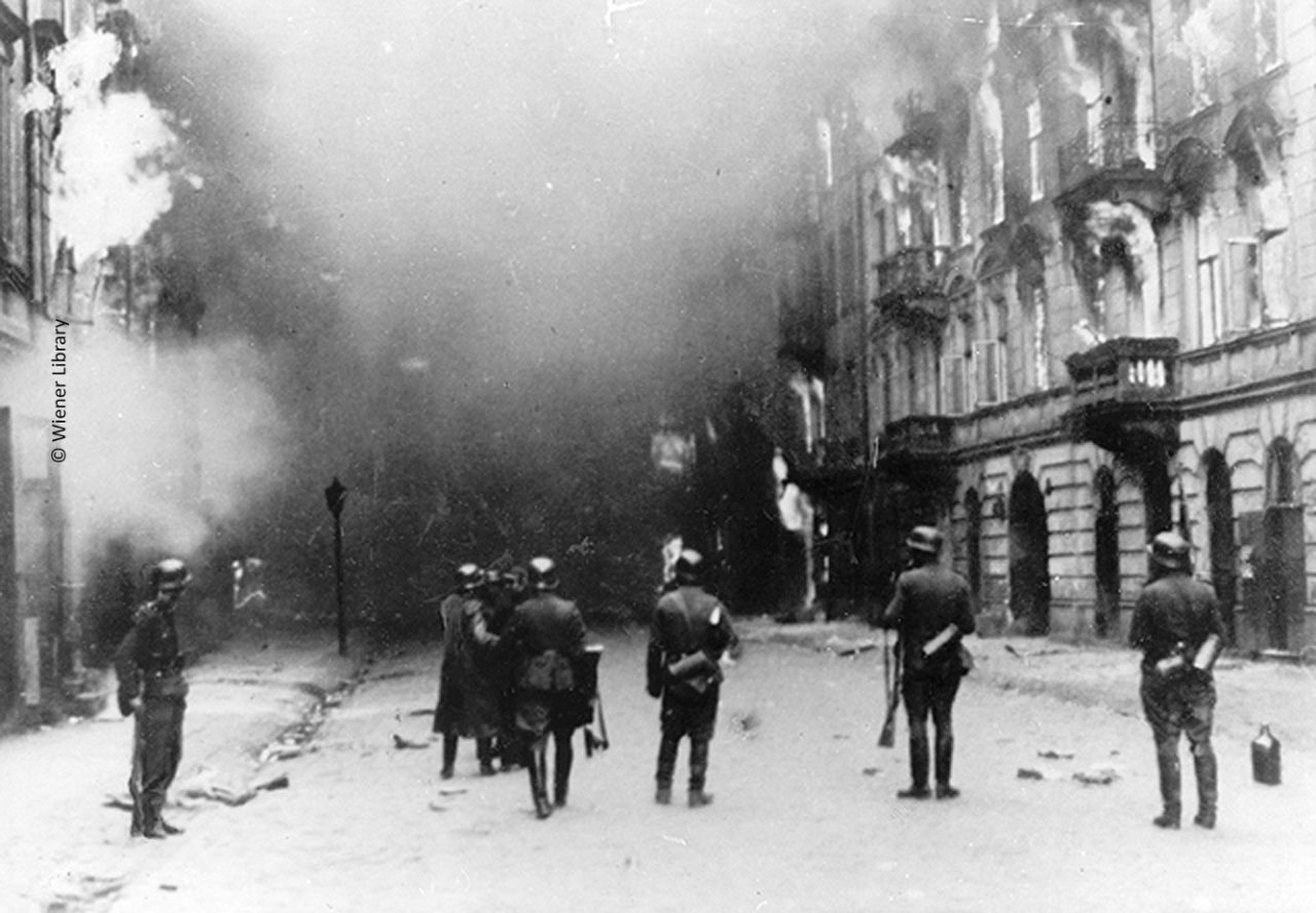 German troops in Warsaw Ghetto