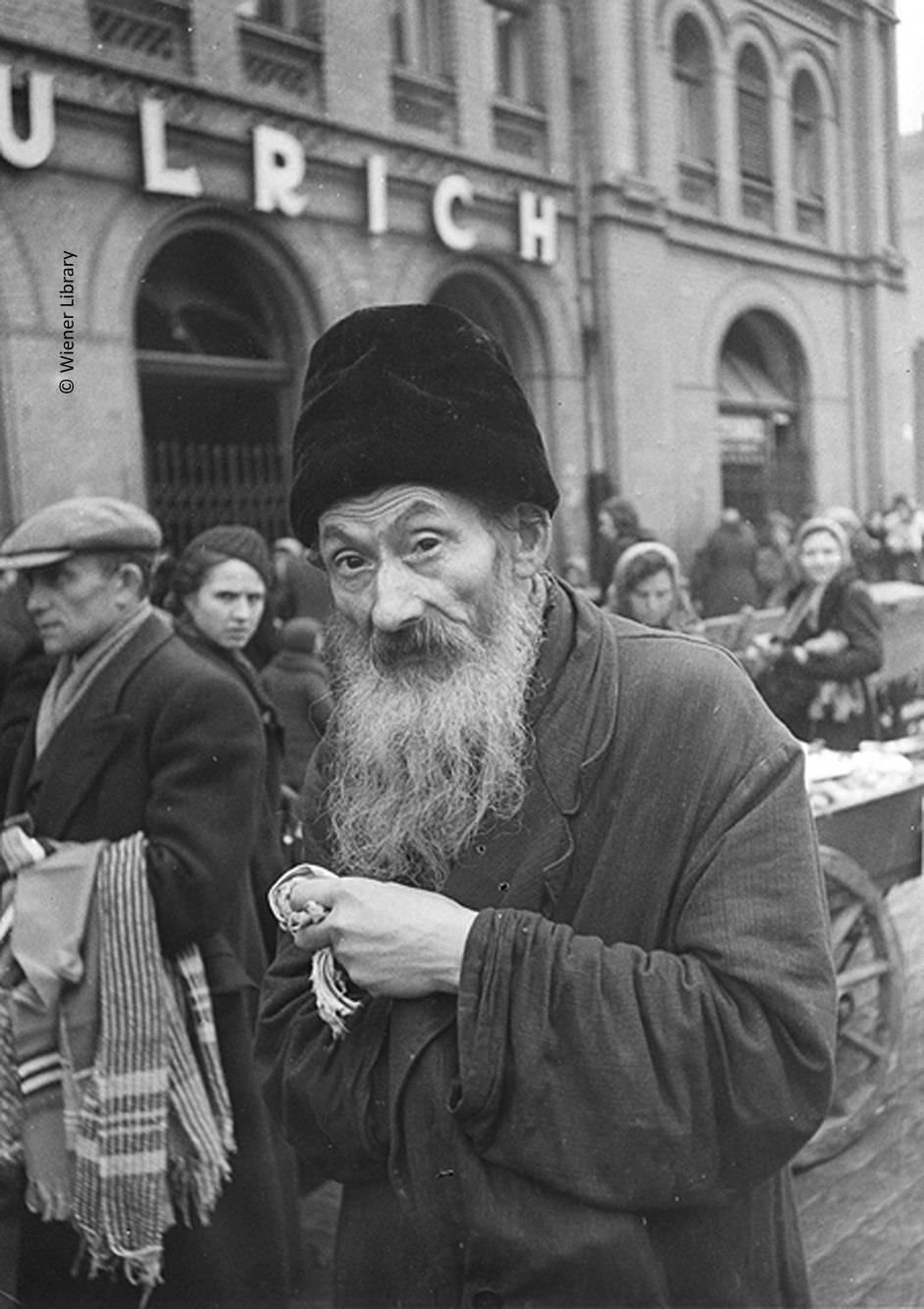 Old man in Warsaw Ghetto