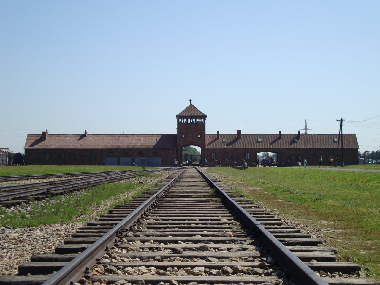 HMD lesson plan – Remembering Auschwitz-Birkenau
