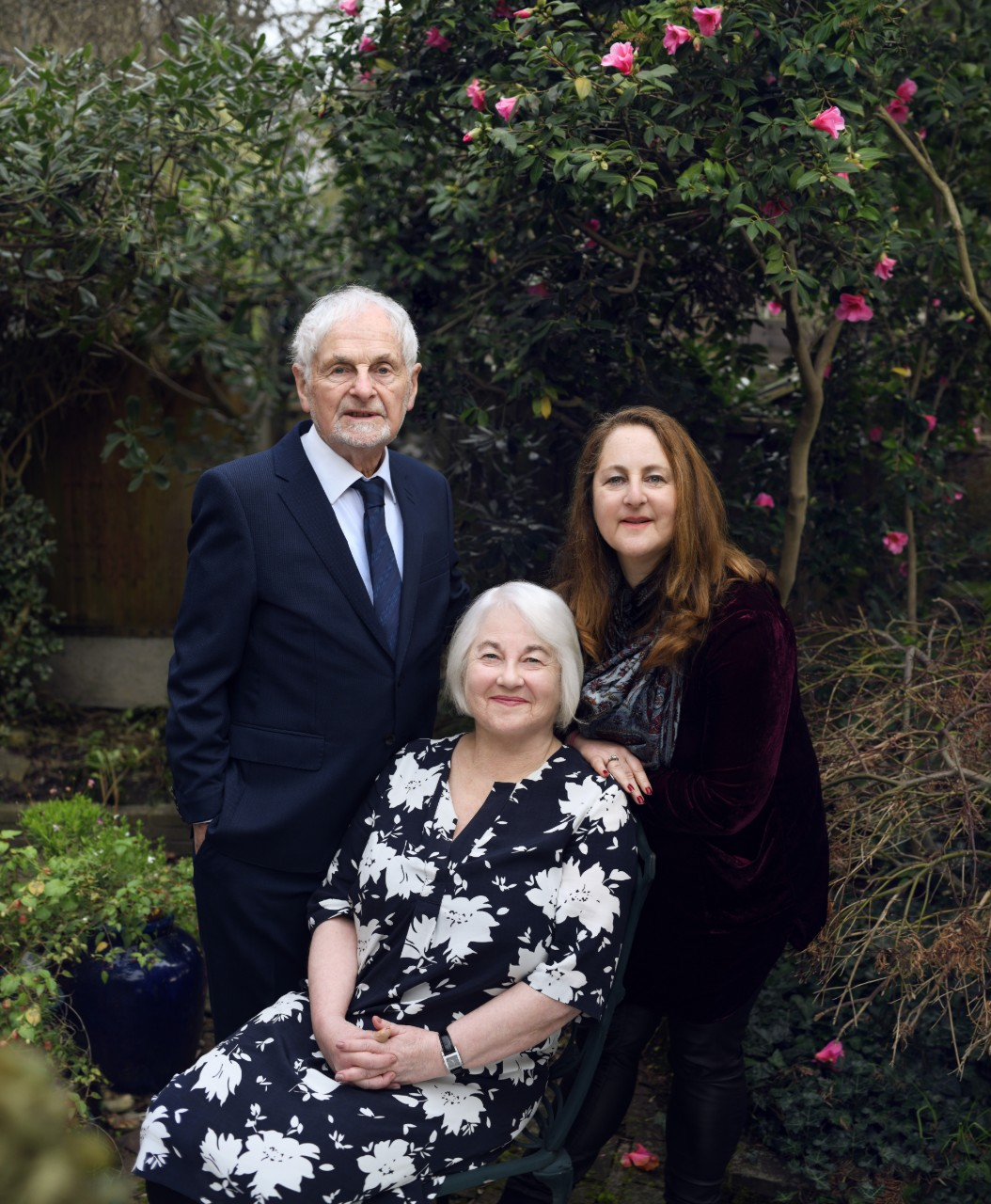 Joan Salter with her husband, Martin, and daughter, Shelley, © Frederic Aranda