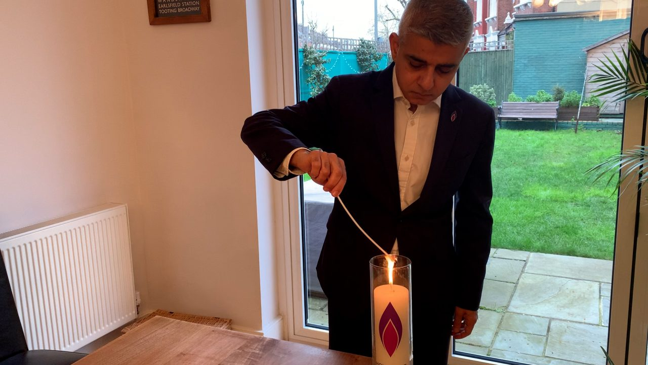 Mayor of London, Sadiq Khan, joins other political and faith leaders and people across the UK to 'Light the darkness'