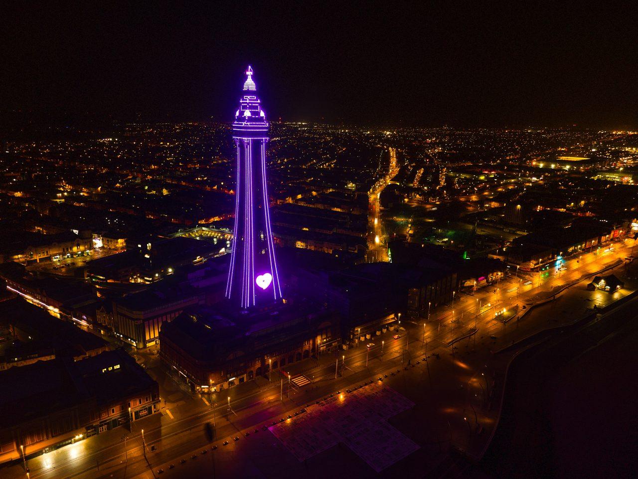 Landmarks light up for HMD